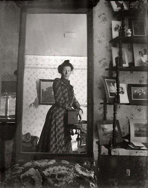 Cele mai vechi selfi-uri din lume - Poza 2