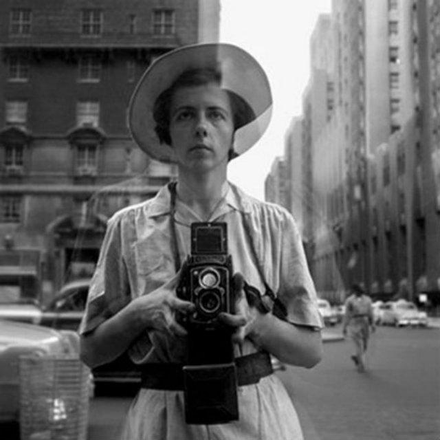 Cele mai vechi selfi-uri din lume - Poza 11