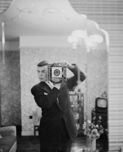 Cele mai vechi selfi-uri din lume - Poza 8