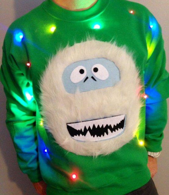 Cele mai neinspirate pulovere tematice de Craciun