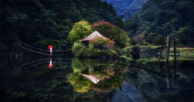 Peisaje superbe oglindite in apa - Poza 2