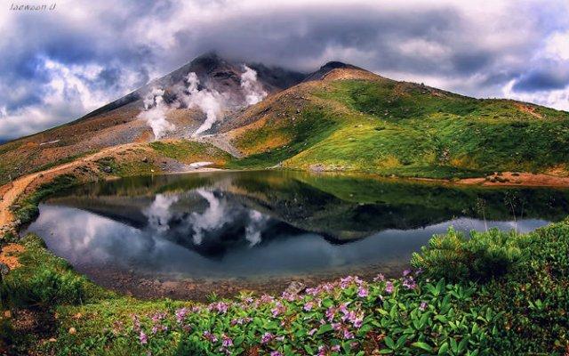 Peisaje superbe oglindite in apa - Poza 7