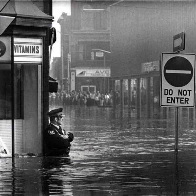 11 Fotografii rare cu momente unice din trecut - Poza 7