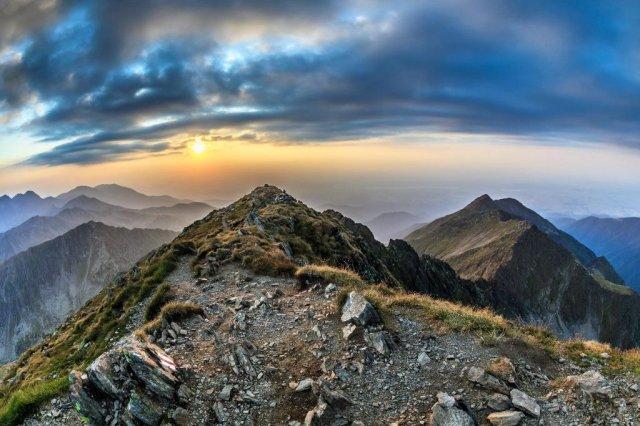 24 de motive pentru a nu vizita Romania - Poza 24