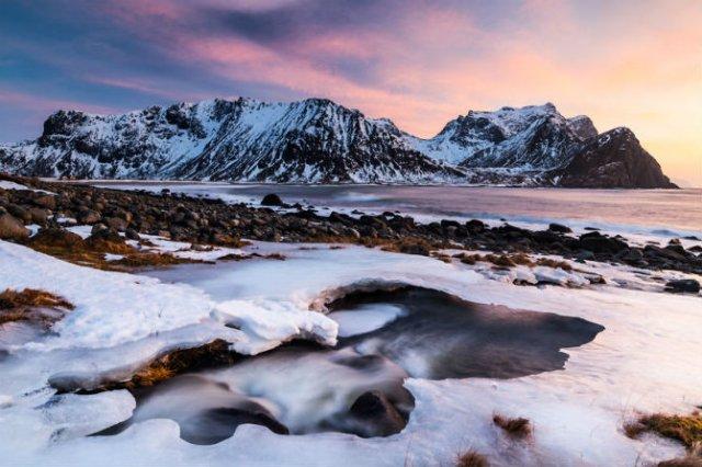 Un strop din frumusetea Norvegiei, in poze uluitoare - Poza 16