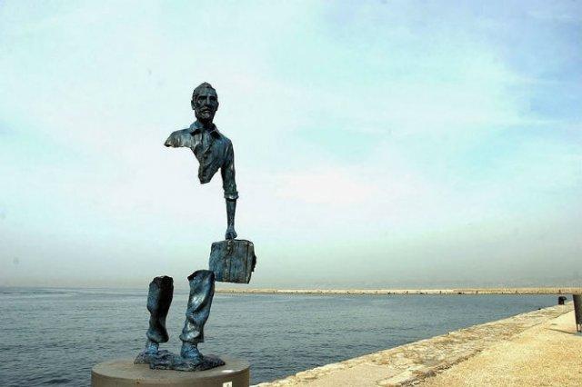 Povestitorii tacuti: 18 Sculpturi impresionante din jurul lumii - Poza 10