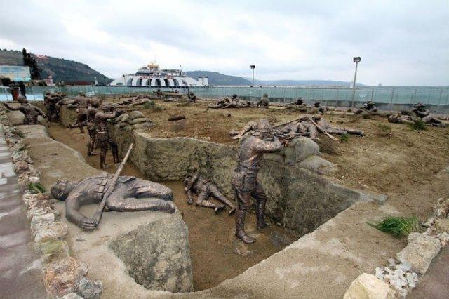 Povestitorii tacuti: 18 Sculpturi impresionante din jurul lumii - Poza 15