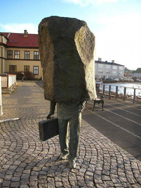 Povestitorii tacuti: 18 Sculpturi impresionante din jurul lumii - Poza 17