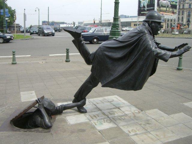 Sculpturi haioase din toate colturile lumii - Poza 1