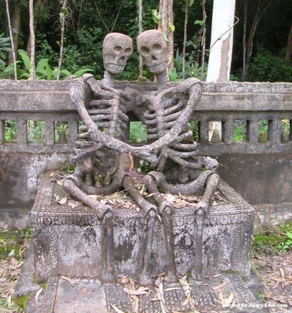 Sculpturi haioase din toate colturile lumii - Poza 19