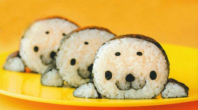 Arta cu sushi: Cele mai haioase imbucaturi cu specific japonez - Poza 1