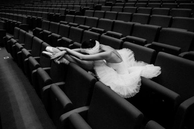 Sufletul picioarelor: Frumusetea nevazuta a baletului - Poza 1