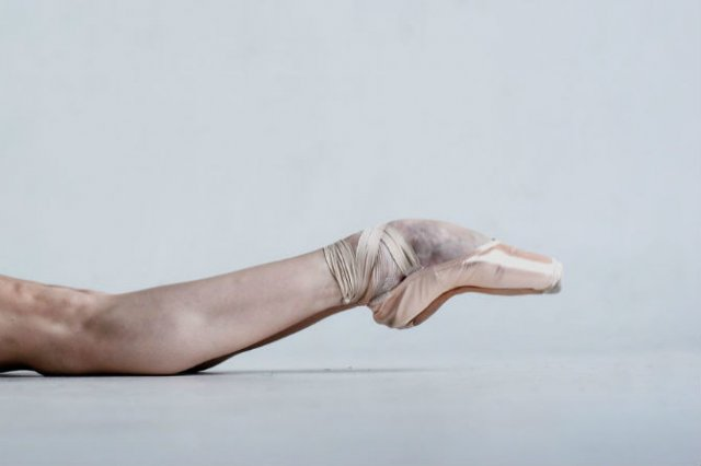 Sufletul picioarelor: Frumusetea nevazuta a baletului - Poza 11