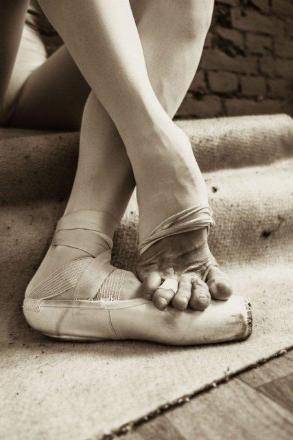 Sufletul picioarelor: Frumusetea nevazuta a baletului - Poza 13