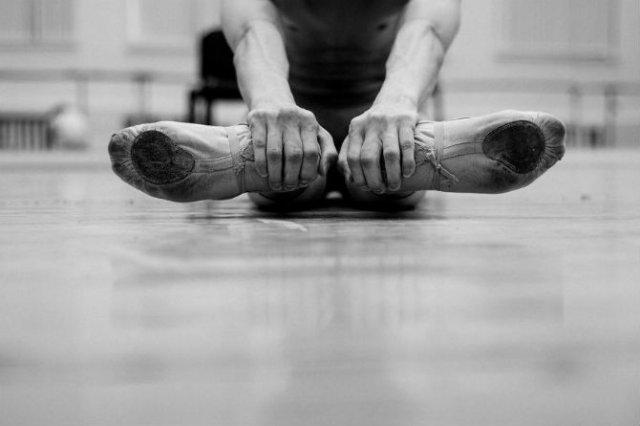 Sufletul picioarelor: Frumusetea nevazuta a baletului - Poza 20
