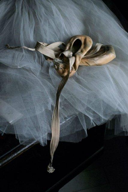 Sufletul picioarelor: Frumusetea nevazuta a baletului - Poza 29