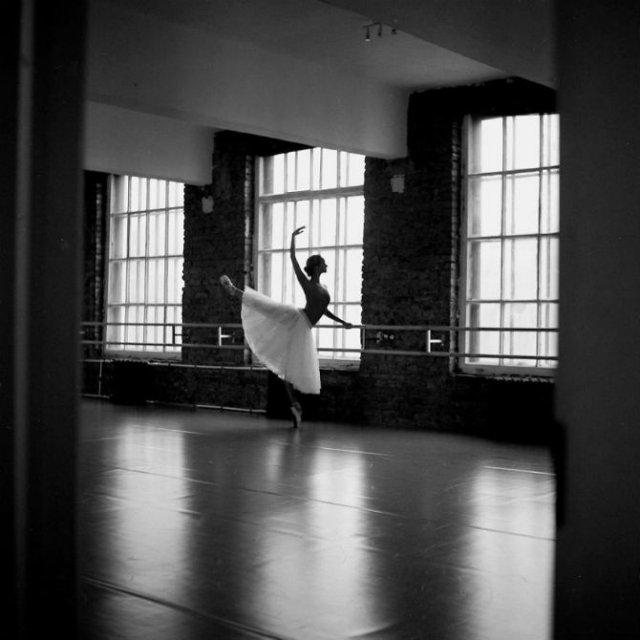Sufletul picioarelor: Frumusetea nevazuta a baletului - Poza 36