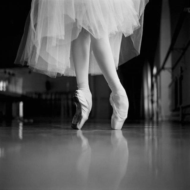 Sufletul picioarelor: Frumusetea nevazuta a baletului - Poza 37