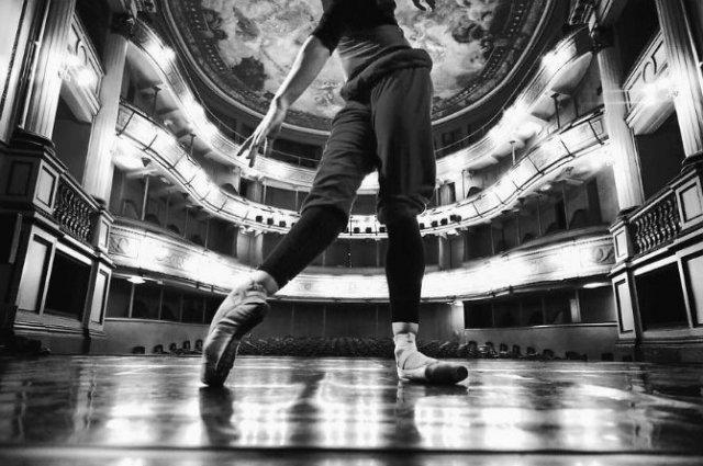 Sufletul picioarelor: Frumusetea nevazuta a baletului - Poza 38