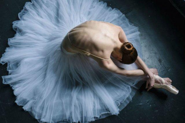 Sufletul picioarelor: Frumusetea nevazuta a baletului - Poza 7