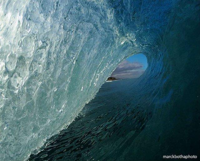 Lumea vazuta printre valuri - Poza 10
