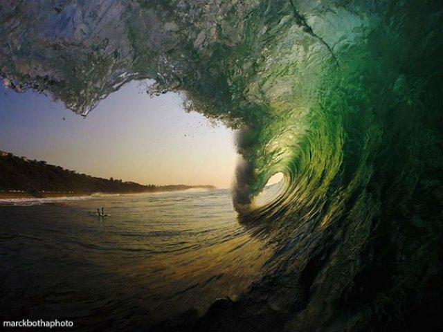 Lumea vazuta printre valuri - Poza 11