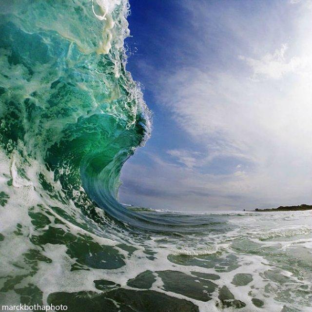 Lumea vazuta printre valuri - Poza 9