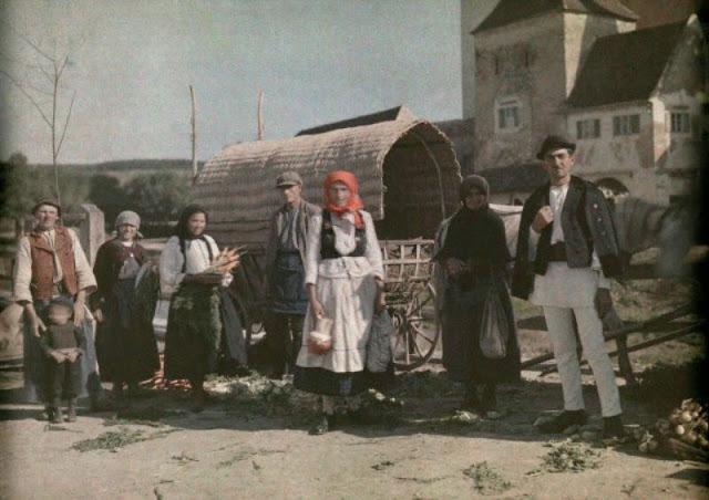 Culorile unei Romanii cenusii: anii '30 in imagini idilice - Poza 1