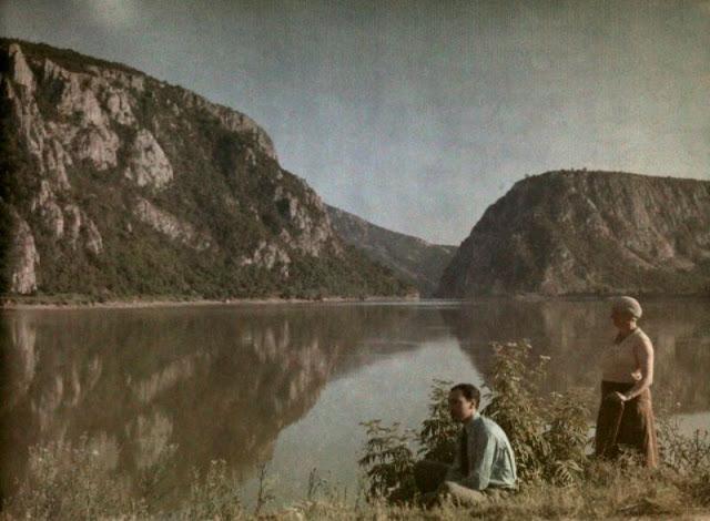 Culorile unei Romanii cenusii: anii '30 in imagini idilice - Poza 11