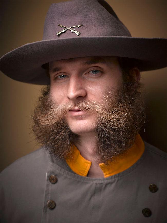 Barbi si mustati excentrice, intr-un pictorial haios - Poza 15