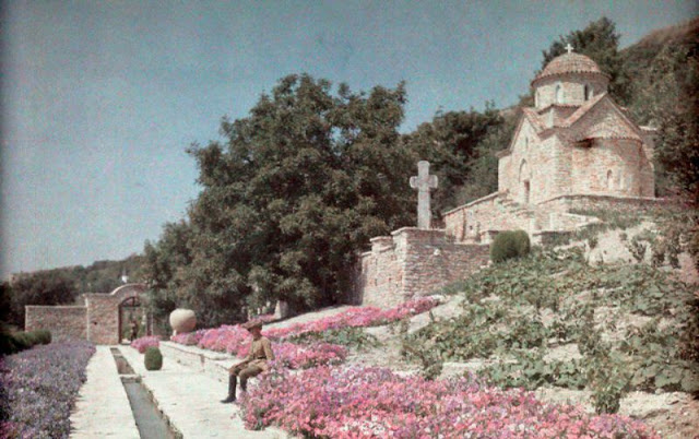 Culorile unei Romanii cenusii: anii '30 in imagini idilice - Poza 17