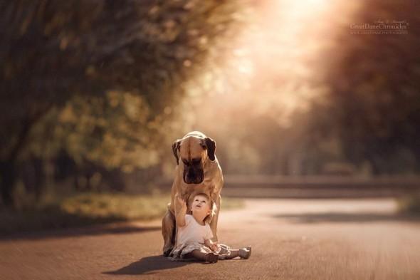 Copilasi si prieteni uriasi, in poze superbe - Poza 1