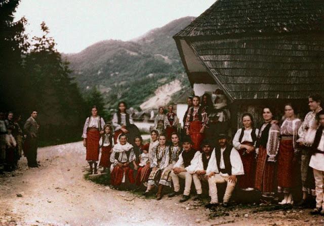 Culorile unei Romanii cenusii: anii '30 in imagini idilice - Poza 25