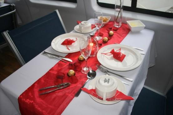 Idei de amenajare a mesei pentru cea mai romantica cina - Poza 3