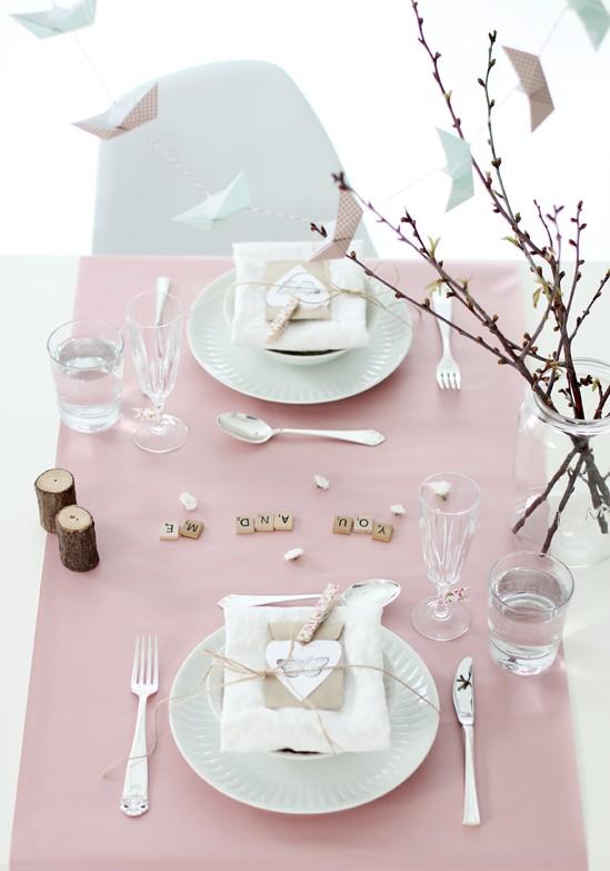 Idei de amenajare a mesei pentru cea mai romantica cina - Poza 12