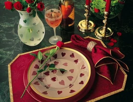 Idei de amenajare a mesei pentru cea mai romantica cina - Poza 17