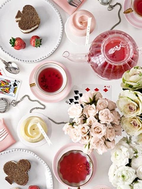 Idei de amenajare a mesei pentru cea mai romantica cina - Poza 19