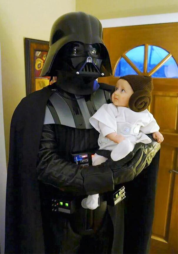 Gata de Halloween: Costume pereche pentru parinti si copii - Poza 7
