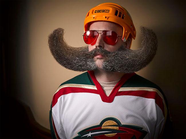 Barbi si mustati excentrice, intr-un pictorial haios - Poza 7