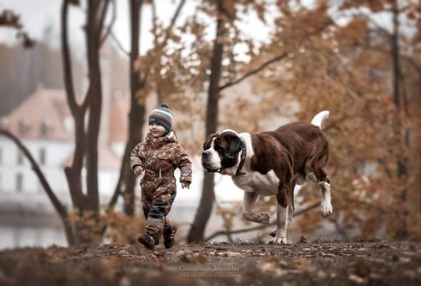Copilasi si prieteni uriasi, in poze superbe - Poza 15