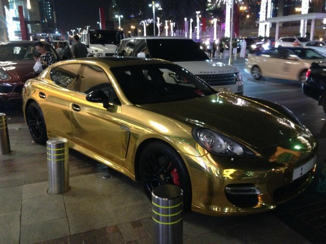 Viata scandalos de luxoasa din Dubai, in poze - Poza 9