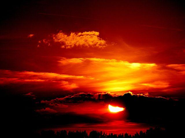 Apusuri de soare sublime in poze spectaculoase - Poza 14
