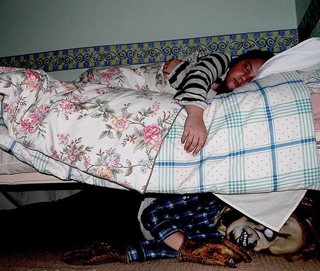 Cele mai tari farse pe care doar fratii mai mici le pot face - Poza 15