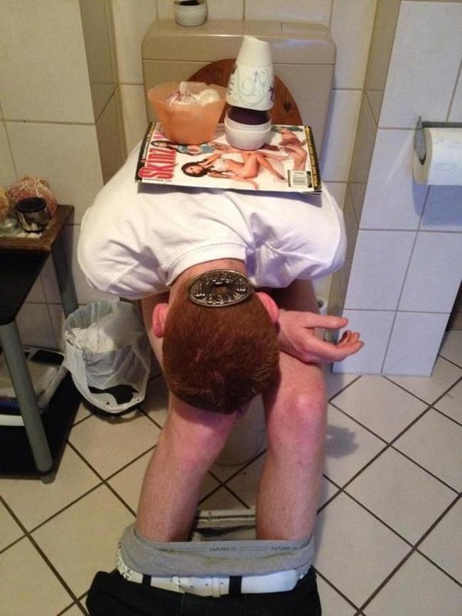 Momente stanjenitoare de la petreceri, in poze amuzante - Poza 17