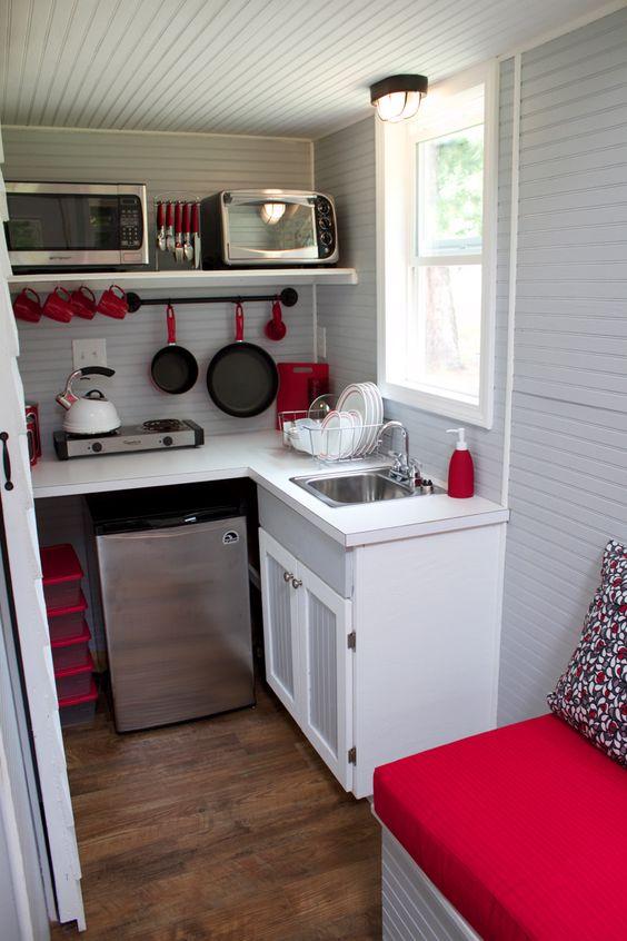Idei geniale de amenajare a bucatariilor mici - Poza 20