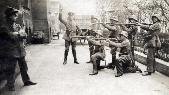 Momente istorice rare, in fotografii de colectie - Poza 3