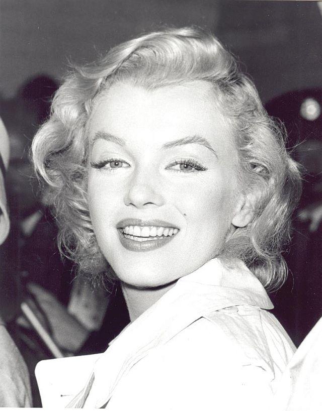 Top 10 Cele mai frumoase zambete din lume - Poza 9